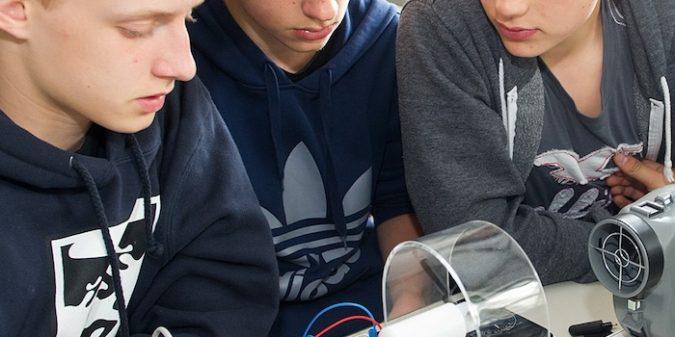 Schülerlabor rund um Erneuerbare Energien an der Saar-Uni