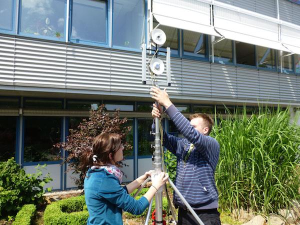 Meteorologische Messungen und Datenerhebung sind Teil des praxisorientierten Studiums. | Foto: FH-Archiv