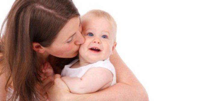 Duales Studium mit Kind: Wie geht das überhaupt?