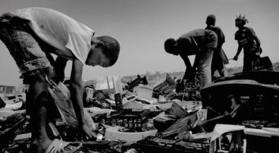 """Bildungsmaterialien """"Abfall und Müllexporte weltweit"""""""