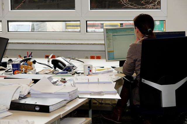Rechtsanwaltsfachangestellte - Was machen die eigentlich? Ausbildung Berufsbilder im Büro Verwaltung & Management