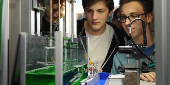 Bremer Gymnasiasten forschen in der Schwerelosigkeit