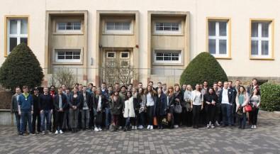 Iserlohn, Hamburg und Berlin begrüßen ihre Erstsemester