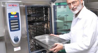 Ein Forscherleben für besseres Schulessen: Prof. Dr. Volker Peinelt geht in den Ruhestand