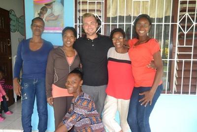 COVER PHOTO_Projects Abroad I Projekte weltweit Erfahrungsbericht_Freiwilliger mit Berufserfahrung_ Unterrichten_Jamaika