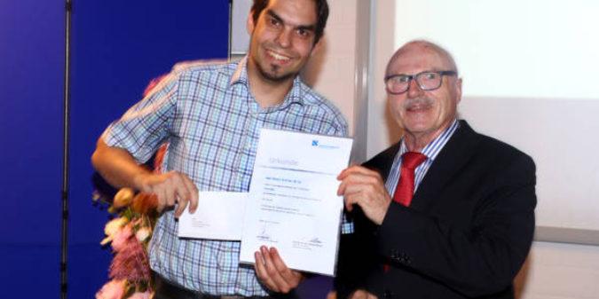 Bestnote 1,0 – Informatikstudent für die beste Abschlussarbeit ausgezeichnet