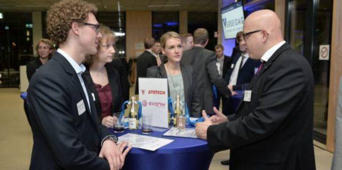 HS Niederrhein: Deutschland-Stipendium fördert Matching-Gedanken