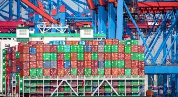Schifffahrtskaufmann/-frau der Fachrichtung Linienfahrt