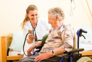 Gesundheits- und Krankenpfleger(in)
