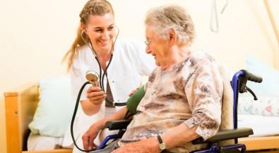 Ausbildung in Therapie-, Pflege- und Assistenzberufen