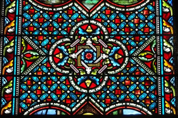 stained-glass-windows-2797523_960_720