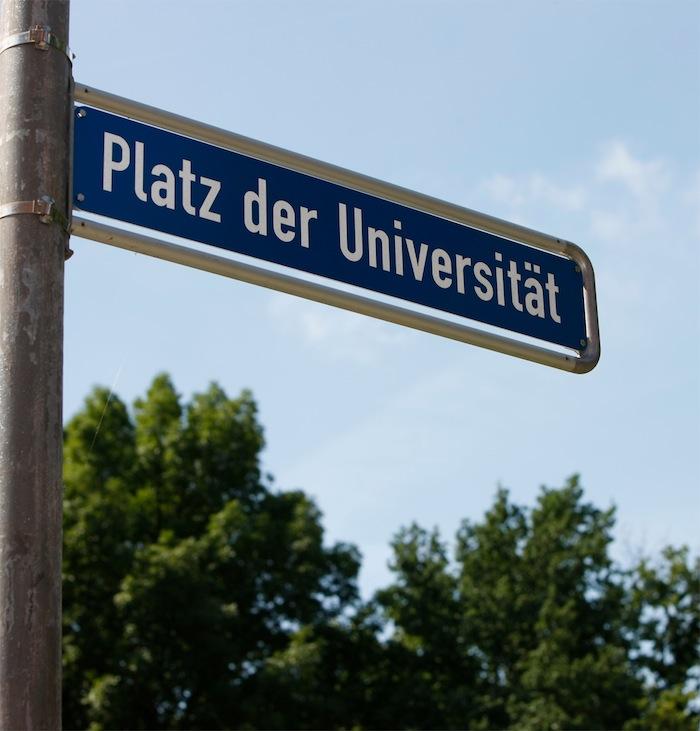 10x10_Platz_der_Uni