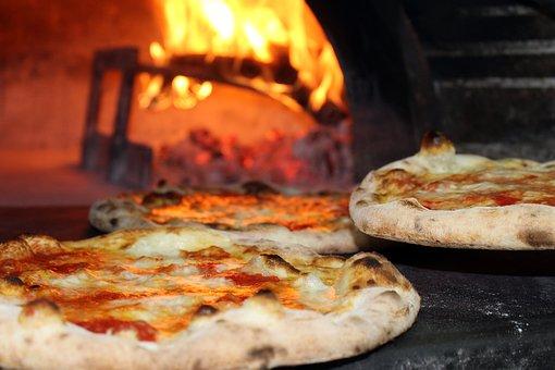 pizza-2810589__340