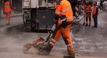 Fachkraft für Straßen und Verkehrstechnik – Was machen die eigentlich?
