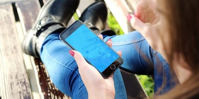 """Smartphones an Schulen: """"Es ist einfach nur purer Horror."""""""