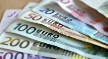 Geldschöpfung aus dem Nichts – Wer profitiert?