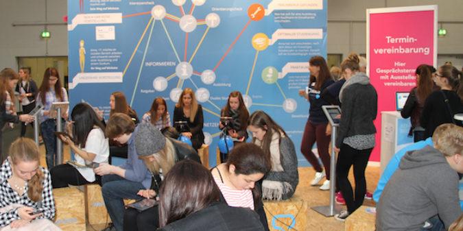 Bewerbungstipps für Schüler: Welche Regeln sollten Jugendliche  beim Anschreiben beachten?