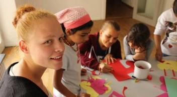 Von Fremden zu Freunden – Flüchtlingshilfe einer 16-jährigen Schülerin aus Villingen