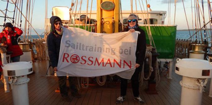 ROSSMANN-Azubis stechen in See
