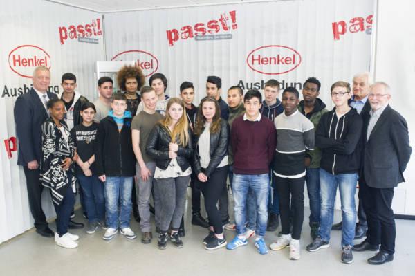 """Die Teilnehmer der Initiative """"Hauptschüler welcome"""". In diesem Jahr geht das Förderprogramm in die achte Runde."""