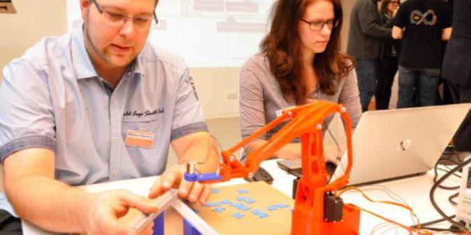 Hochschule Niederrhein eröffnet offene High-Tech-Werkstatt