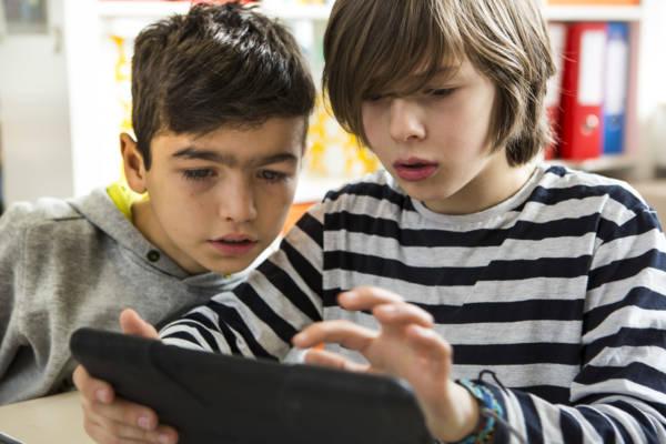 Hate Speech: Kinder schon früh darauf vorbereiten? Aktuelles Pressenews
