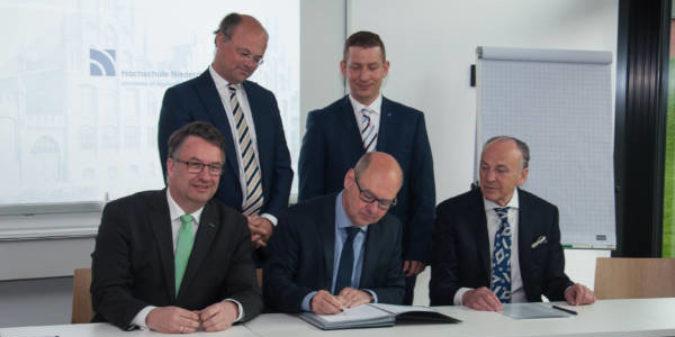 Hochschule Niederrhein baut Textilschwerpunkt weiter aus