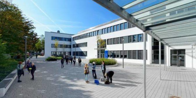 Studieninformationstag: Hochschule informiert über ein Studium in Krefeld oder Mönchengladbach