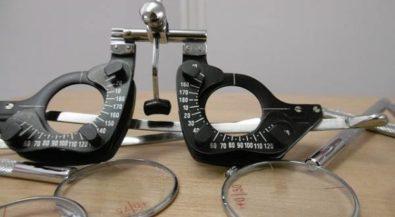 Augenoptiker/in