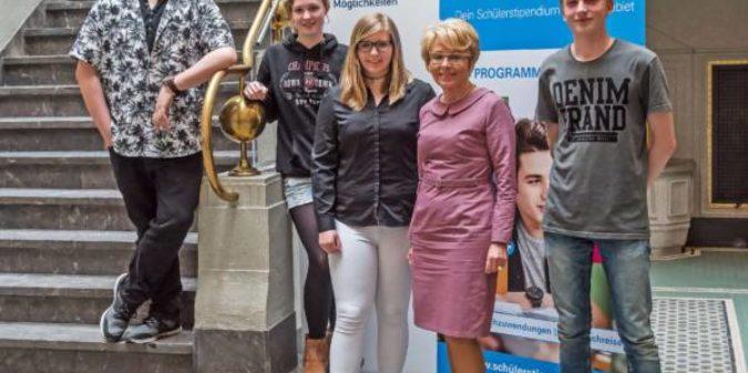 Initiativkreis Ruhr fördert junge Menschen auf dem Weg in Ausbildung und Studium