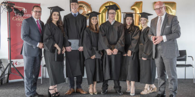 International School Ruhr feiert ihren ersten Abitur-Jahrgang