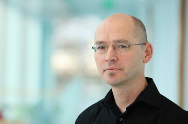 Professor_Dr_Ralf Lankau