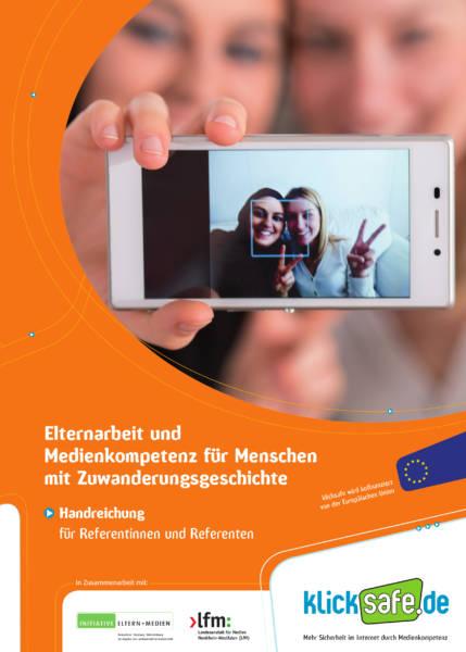 Cover_klicksafe_elternabende_im_interkulturellen_kontext_300
