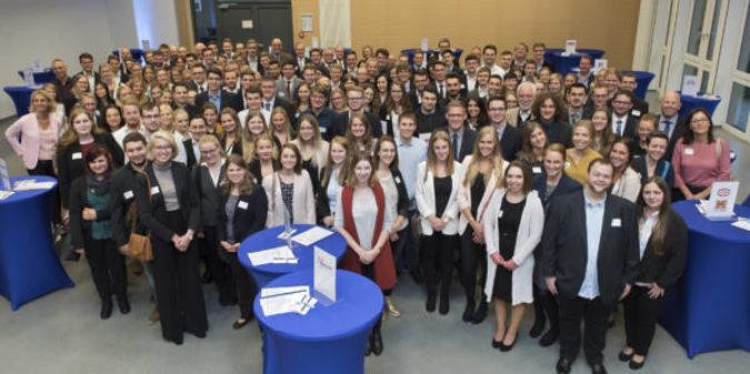 174 Studierende werden mit Deutschland-Stipendium gefördert