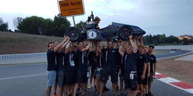 Racing-Team der Hochschule Niederrhein beendet Saison mit Erfolgserlebnis
