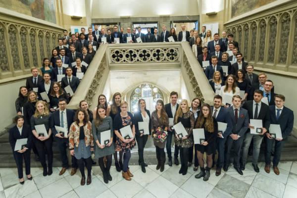 Der Einsatz trägt Früchte: FH Aachen ehrt ihre besten Studierenden Aktuelles Pressenews