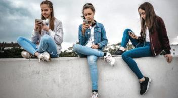 Studie: So süchtig machen WhatsApp, Instagram und Co.