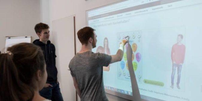 Geld im Unterricht – interaktive Tafelbilder für digitales Lernen mit Board, Tablet, Laptop/PC