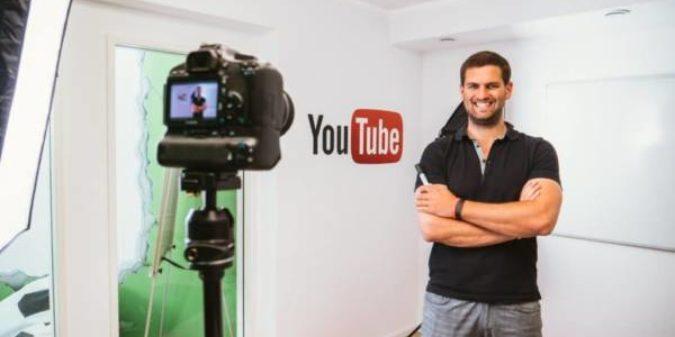 """Vortrag """"Lernen und Arbeiten der Zukunft"""" mit YouTube-Mathe-Rockstar Daniel Jung"""