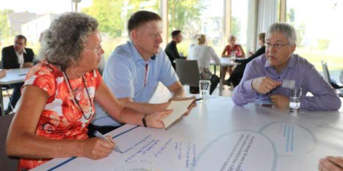 Vertreter aus Wirtschaft, Schulen und Stadt sprechen über die Marke Hochschule Niederrhein