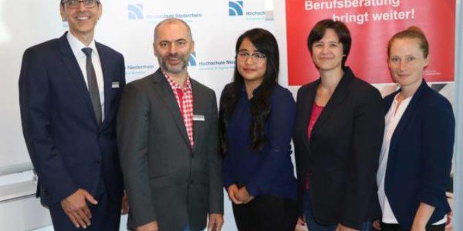 """Hilfe beim Studienausstieg: Hochschule Niederrhein und Agentur für Arbeit kooperieren im Projekt """"Next Step"""""""