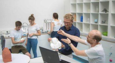 Produktdesign an der Hochschule Niederrhein: Modelle jetzt aus dem 3-D-Drucker
