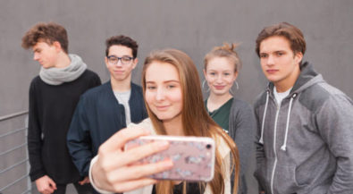 Back to School: klicksafe-Infokampagne zum Schulstart