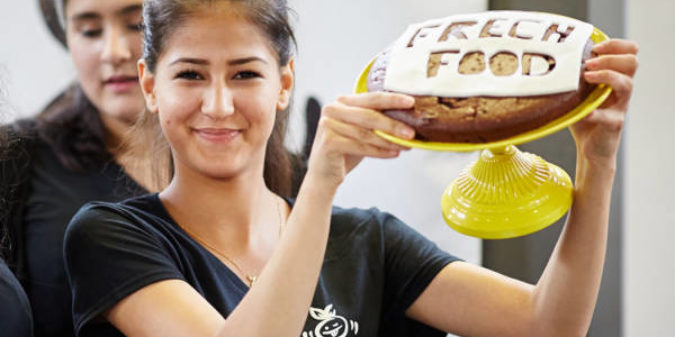 Bundesweites Pilotprojekt fördert Schülerfirmen im Markendesign