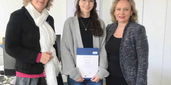 Beste Textillaborantin des Landes NRW kommt von der Hochschule Niederrhein
