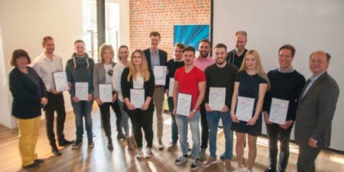 Hochschule Niederrhein würdigt Engagement ihrer  Tutorinnen und Tutoren