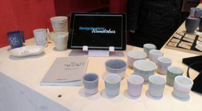 Design-Studierende verkaufen ihre Produkte auf dem Krefelder Weihnachtsmarkt